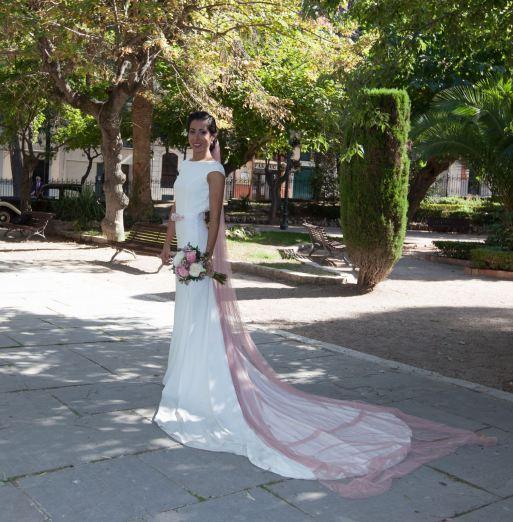 Vestido Novia Zaira Crepe y bordado